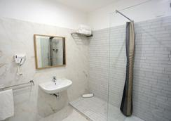 Hotel Vergilius Billia - Naples - Bathroom