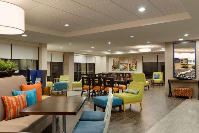 Home2 Suites by Hilton Gainesville - Gainesville - Lounge