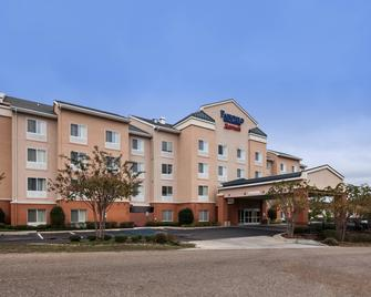 Fairfield Inn & Suites Ruston - Ruston - Building
