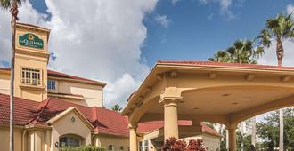 奧蘭多機場北部拉昆塔套房酒店 - 奥蘭多 - 奧蘭多