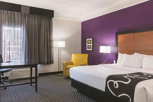 奧蘭多機場北部拉昆塔套房酒店 - 奥蘭多 - 奧蘭多 - 臥室