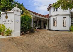 Royce Boutique Hotel - Dehiwala-Mount Lavinia - Rakennus