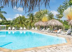 Residence Les Cayalines - Sainte-Luce - Pool
