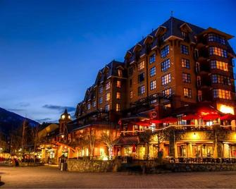 Sundial Boutique Hotel - Whistler - Building