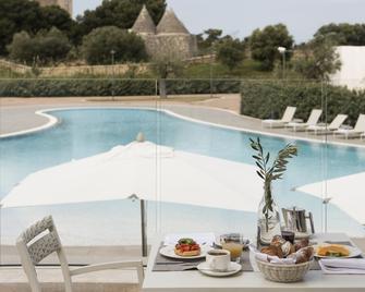 Cala Ponte Hotel - Polignano a Mare - Bazén