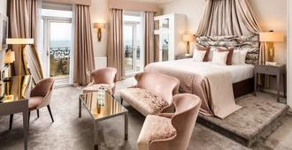 Mercure Brighton Seafront Hotel - ברייטון אנד הוב - חדר שינה