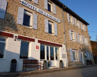 Hôtel de la Plage - Le Chambon-sur-Lignon - Gebouw