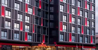 Ramada by Wyndham Istanbul Alibeykoy - Istambul - Edifício