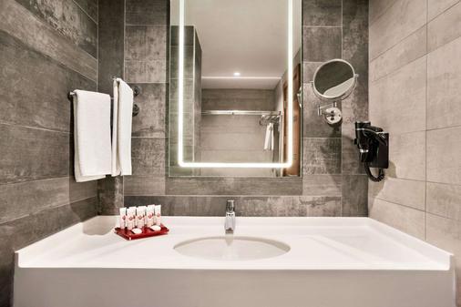 Ramada by Wyndham Istanbul Alibeykoy - อิสตันบูล - ห้องน้ำ