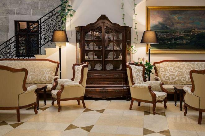 阿卡迪亞酒店 - 布拉提斯拉瓦 - 布拉迪斯拉發 - 休閒室