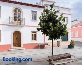 Bohemian Antique Guesthouse - Odeceixe - Edificio