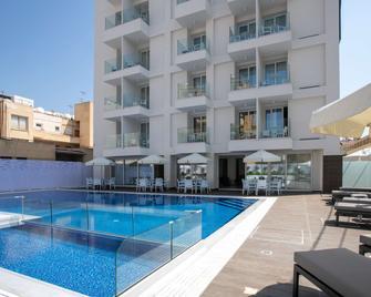 Best Western Plus Larco Hotel - Larnaca - Building