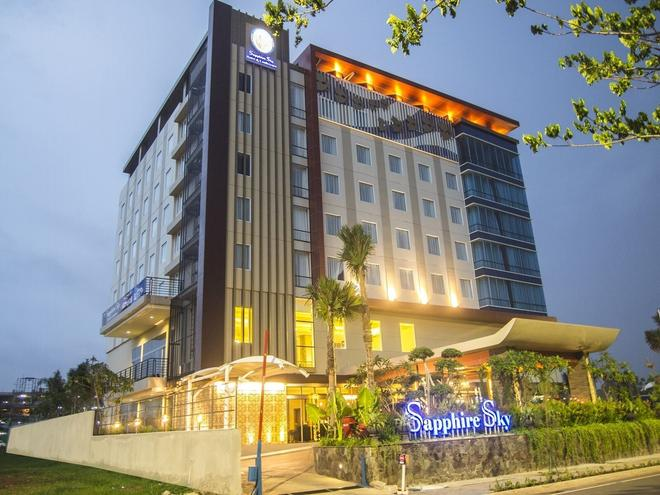 Sapphire Sky Hotel & Conference - Tangerang City - Building