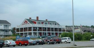 Windjammer BY The Sea - Hampton - Building