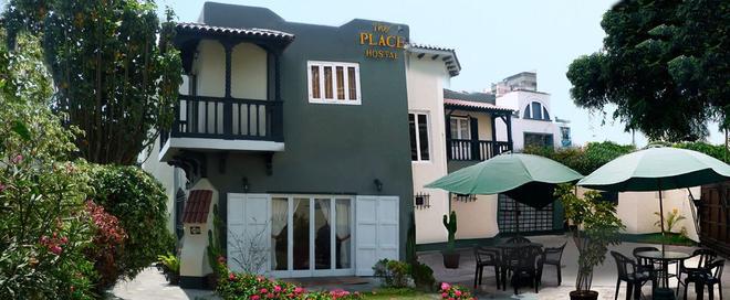 Hostal The Place Miraflores - Lima - Building