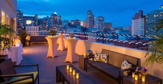 Hotel Adagio Autograph Collection - סן פרנסיסקו - מרפסת