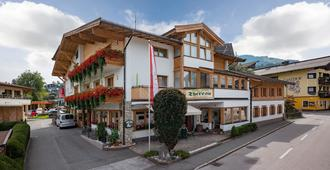 Hotel Theresia Garni - St. Johann in Tirol - Rakennus