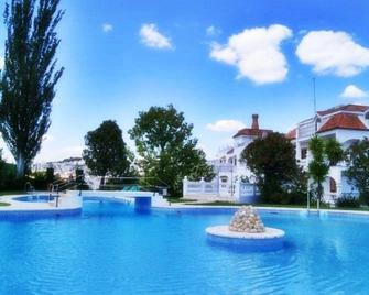 Hotel Maria Luisa - Rute - Pool
