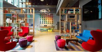 Aloft Palm Jumeirah - Dubai - Lobby