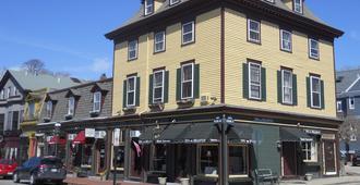 Inn on Bellevue - Newport - Κτίριο
