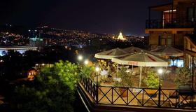 Betsy's Hotel - Tbilisi - Outdoors view