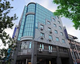 Sun Sweet Hotel - Yilan City - Edifício