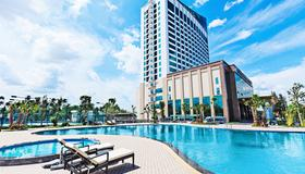 Muong Thanh Luxury Can Tho Hotel - Cần Thơ - Pool