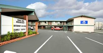 Americas Best Value Inn & Suites Eureka - Eureka