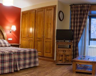 Gran Chalet Hotel - Vielha e Mijaran - Schlafzimmer