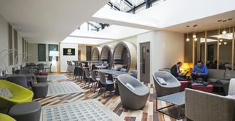 Point A Hotel London Shoreditch - Londra - Bar