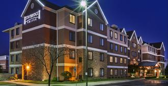 Staybridge Suites Tulsa-Woodland Hills - Tulsa - Building
