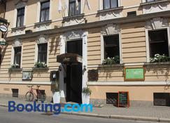 Hotel Amadeus - České Budějovice - Building