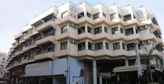 Atrium Zenon Hotel Apartments - Larnaka - Edificio