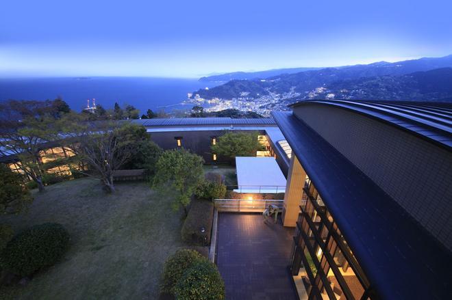 Hotel Grand Bach Atami Crescendo - Atami - Outdoors view