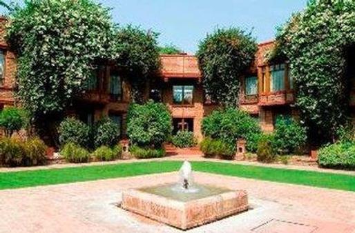 Faisalabad Serena Hotel - Faisalābād - Building