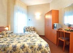 Hotel Engadina - Como - Bedroom