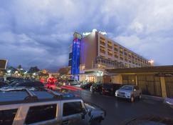 Leon Hôtel - Kinshasa - Building
