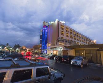 Leon Hôtel - Kinshasa - Gebäude