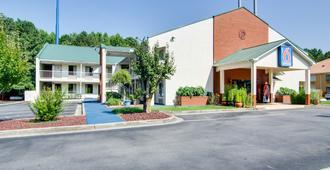 Motel 6 Cartersville, GA - Cartersville - Gebäude