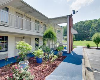 Motel 6 Cartersville, GA - Cartersville - Gebouw