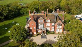 Berwick Lodge - Bristol - Building