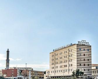 Columbus Sea Hotel - Генуя - Building