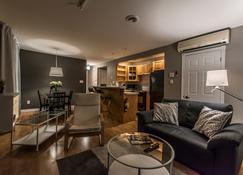 Lester Lofts by Bower Hotels & Suites - Moncton - Salon