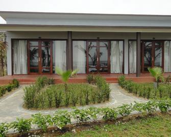 Làng Cò Resort - Lăng Cô - Outdoor view