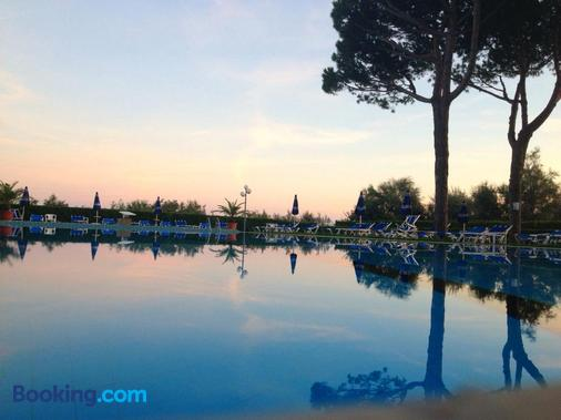 Hotel King - Jesolo - Outdoors view