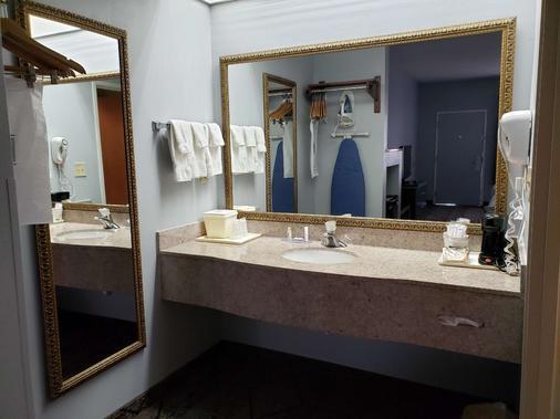 SureStay Plus Hotel by Best Western Warner Robins AFB - Warner Robins - Kylpyhuone