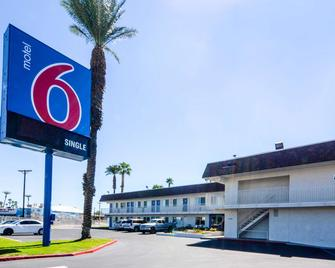 Motel 6 Indio Palm Springs Area - Indio - Building