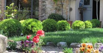 Les Rosées - Mougins - Outdoor view