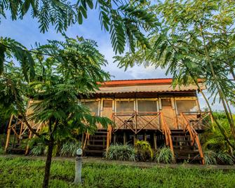 Wildtracks Overland Camp - Kasese - Building