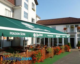 Penzion Senk Pardubice - Pardubice - Building